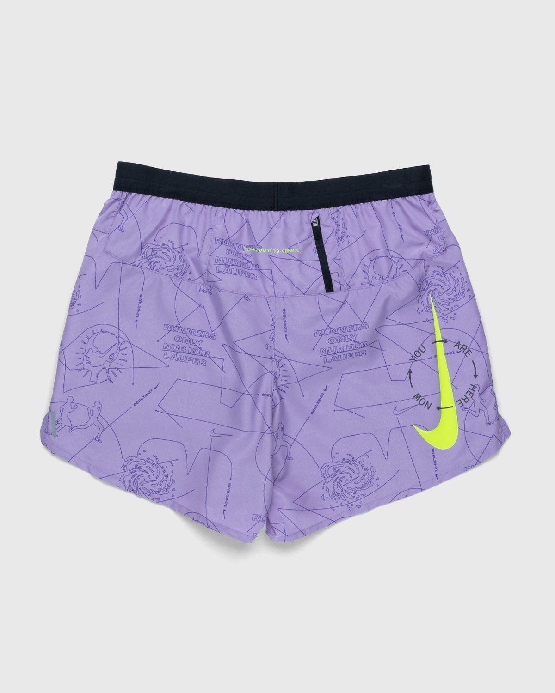 Nike x Highsnobiety – Men Dri-Fit Berlin Short Orchid Mist Black - Image 2