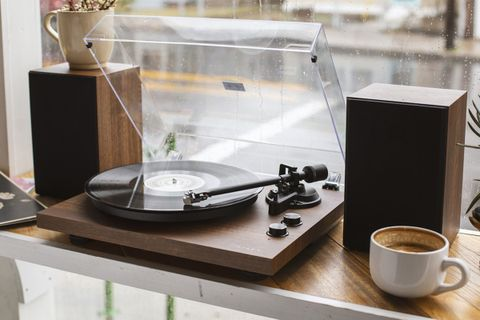 C62 Turntable + Speaker