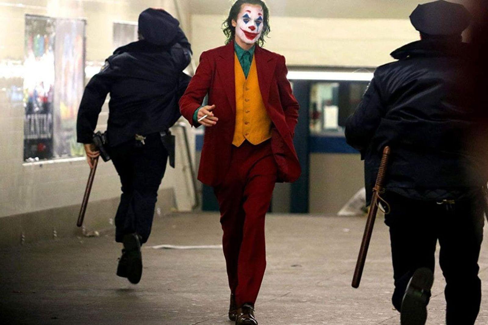 Joaquin Phoenix's 'Joker' Suit Explained