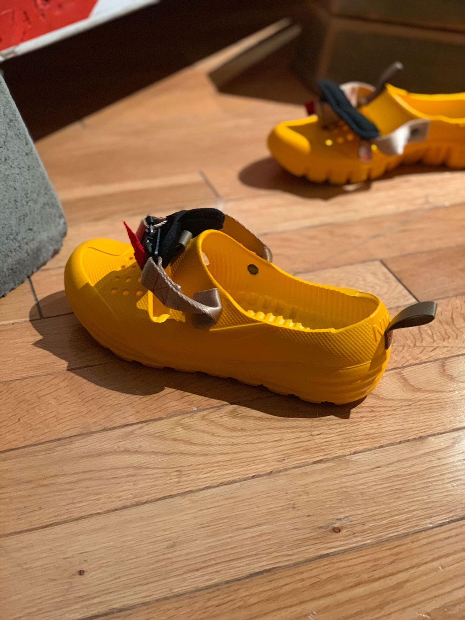 tom sachs nike htm solarsoft sandal