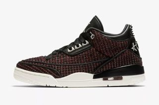 "official photos 71bc0 373e3 Anna Wintour s Vogue x Nike Air Jordan III ""AWOK"" Arrives This Week"
