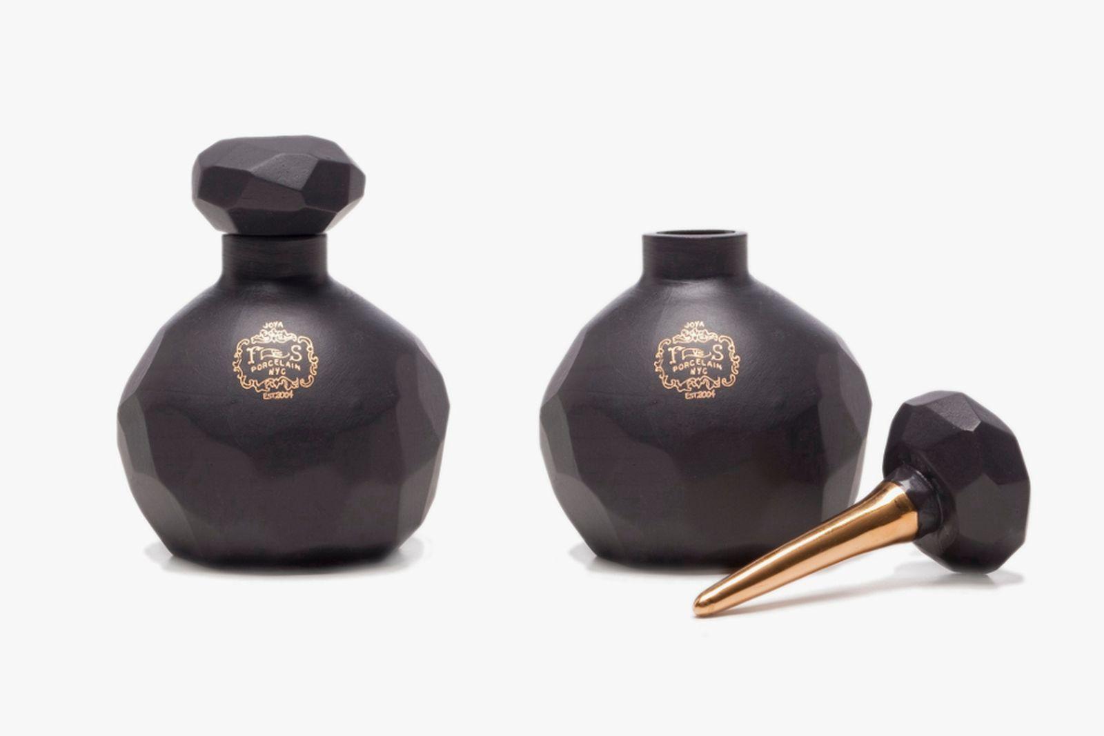 Perfume Brand Joya Studio