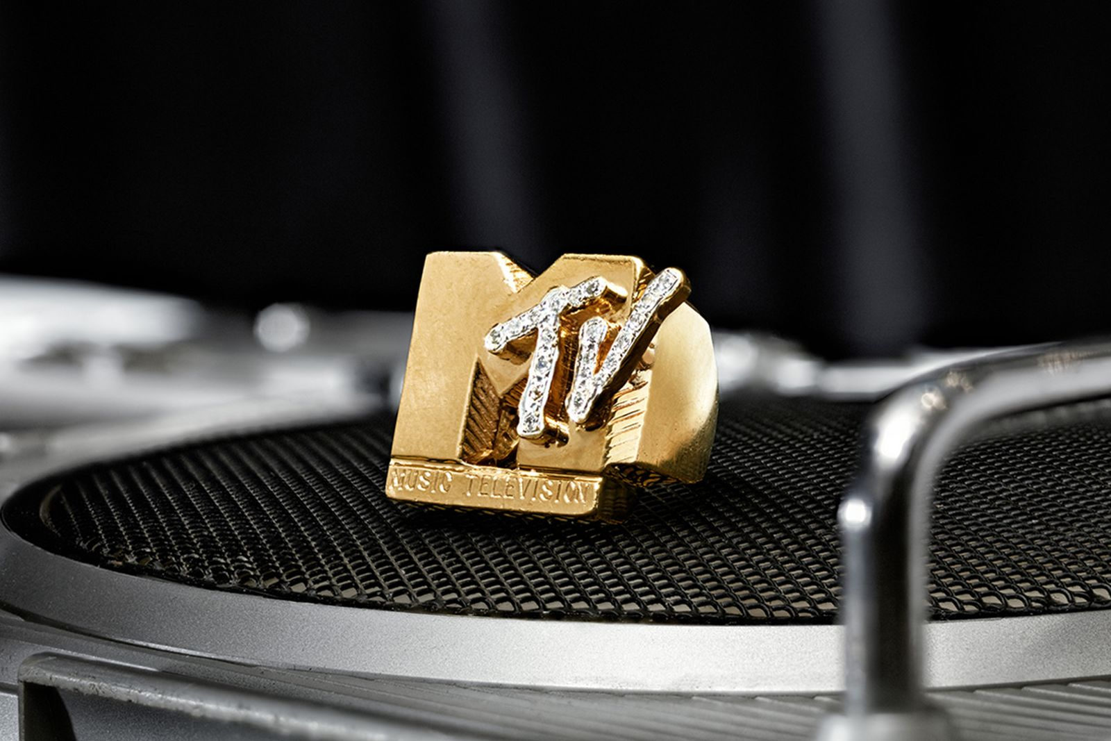 sothebys-hip-hop-auction-10