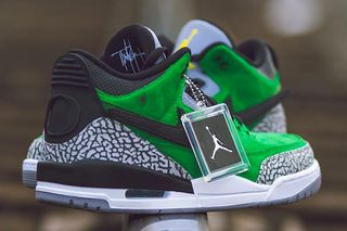 "c6e98371dd1 This ""Tinker"" Air Jordan 3 Is University of Oregon s Best PE Yet"