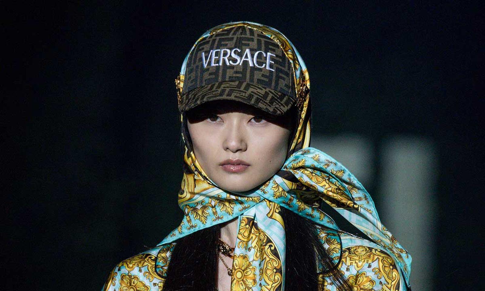 versace-fendi-collab- 0