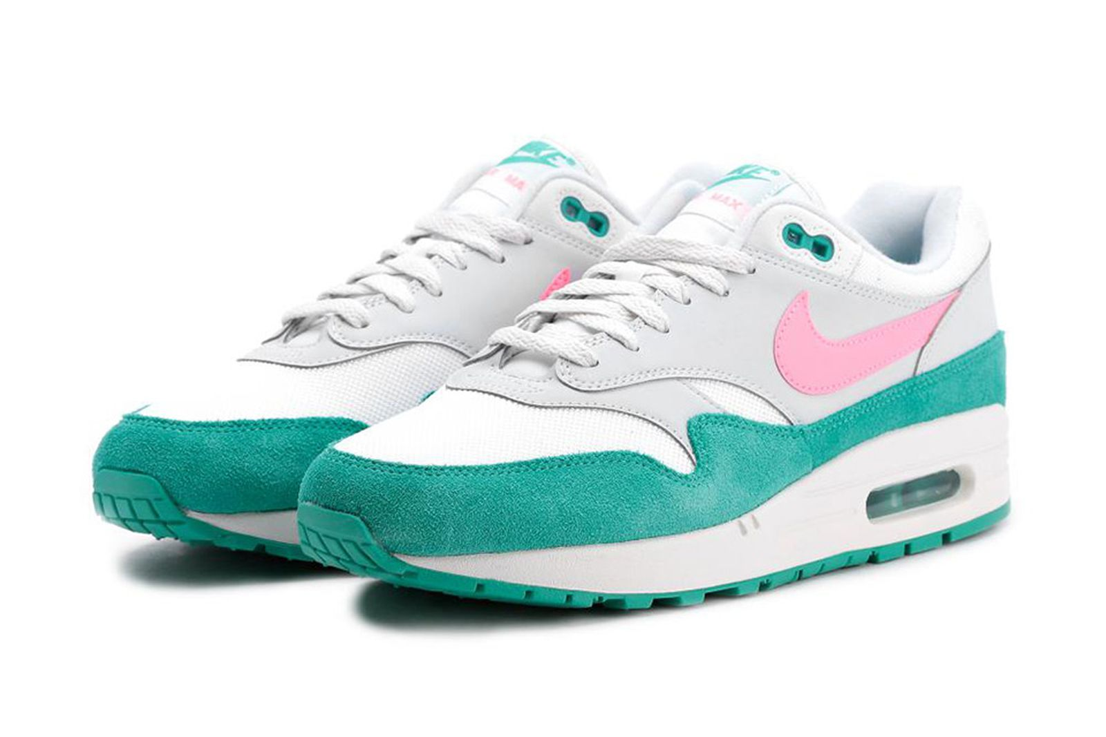 Nike Air Max 1's Should be Your Go-to Summer Beaters