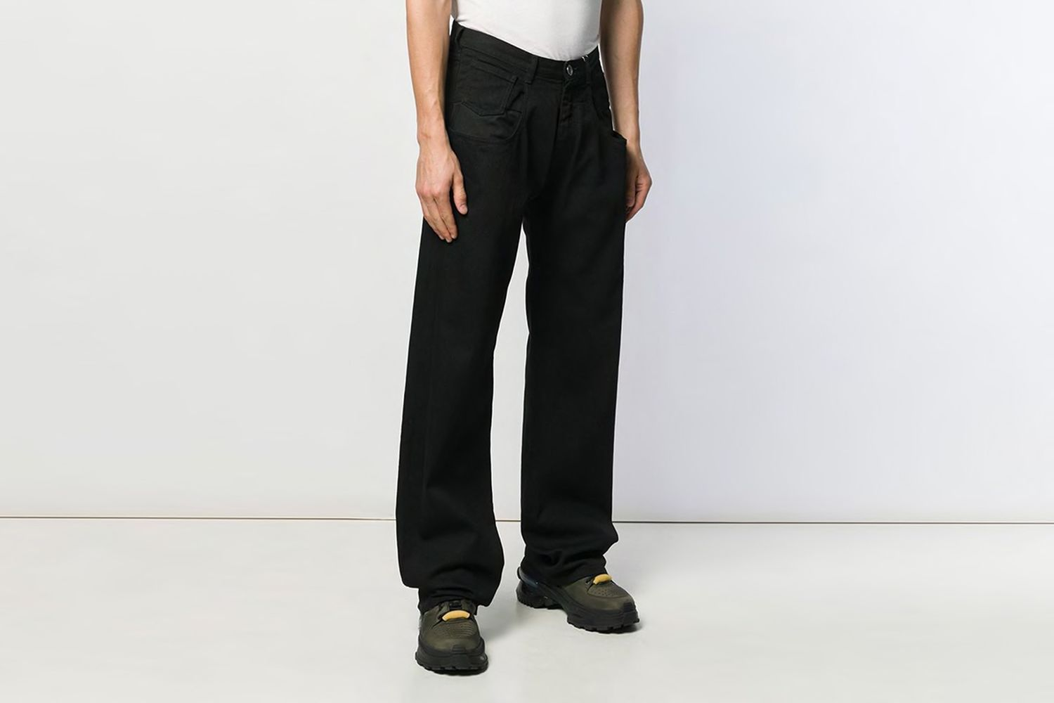 Chap Style Wide Jeans