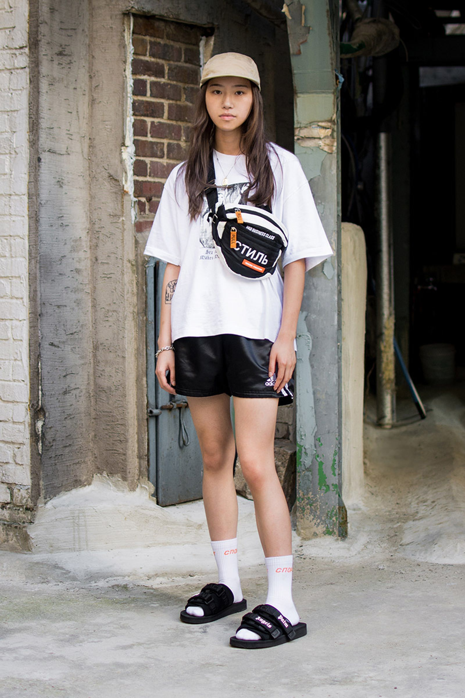 seoul street style july10 Balenciaga Children of the Discordance Gucci