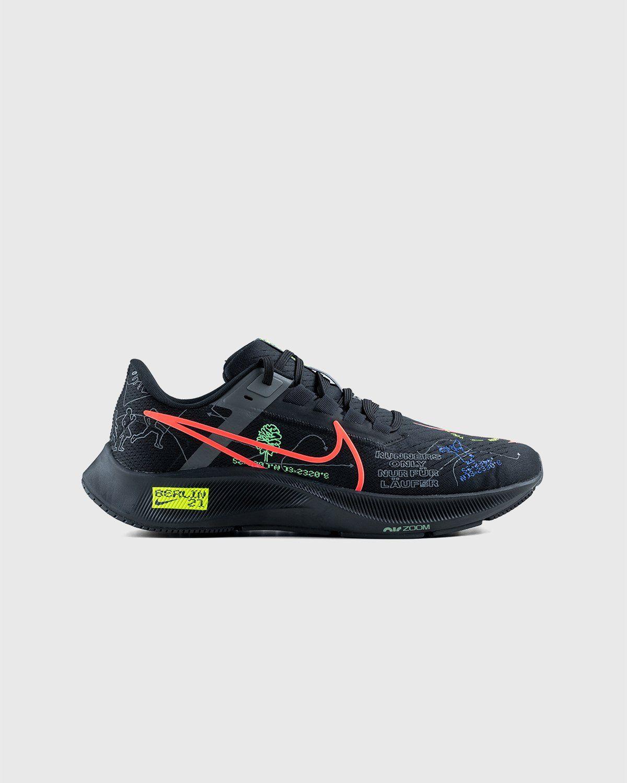 Nike x Highsnobiety – Air Zoom Berlin Pegasus 38 Black - Image 1