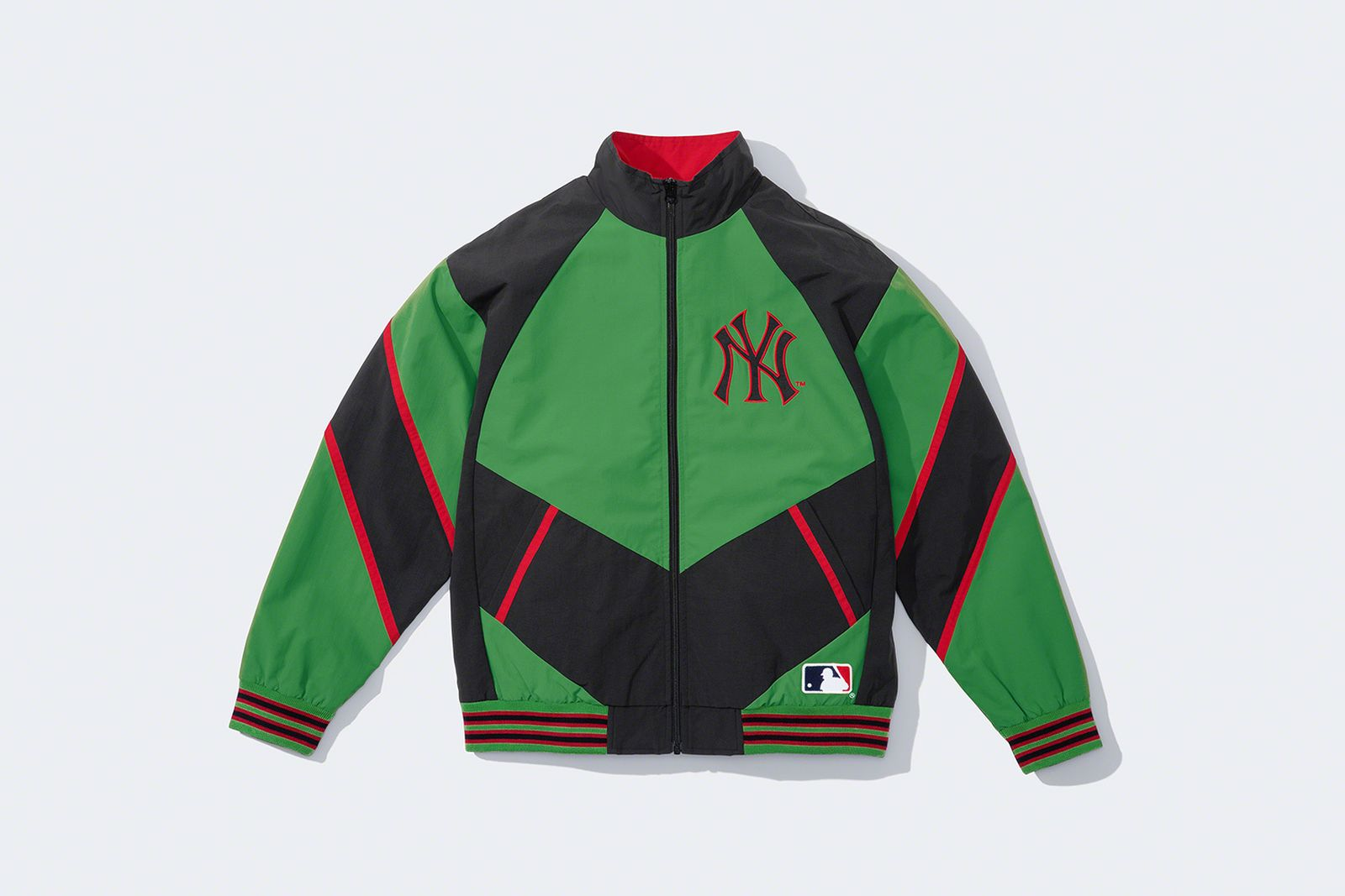 supreme-new-york-yankees-fw21-collection-5