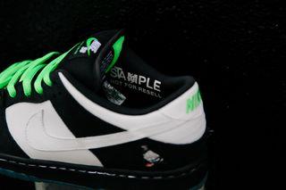 "best sneakers 51360 3238a Staple x Nike SB Dunk ""Panda Pigeon"