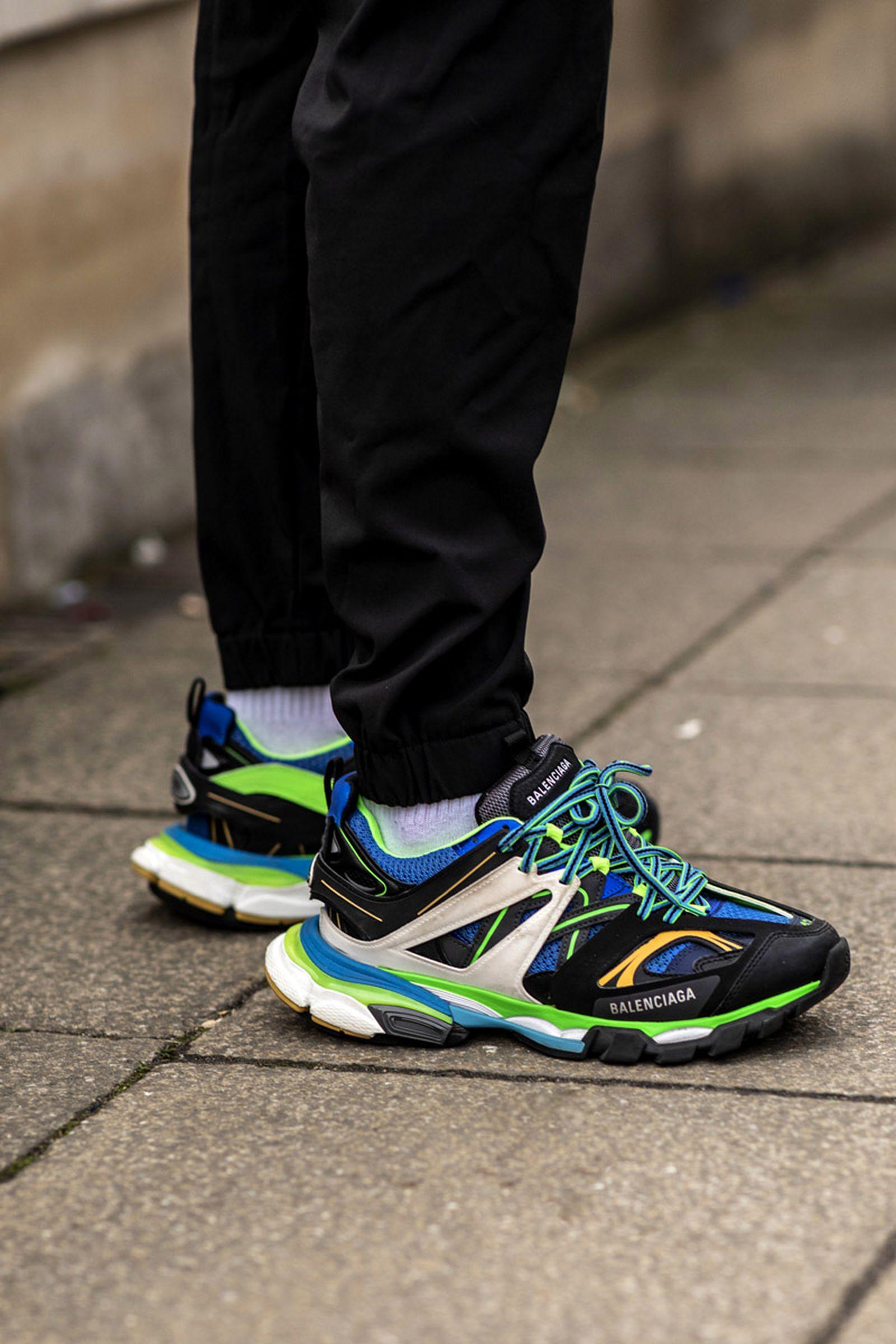 MFW19 London StreetStyle Sneakers AsiaTypek 02 lfwm