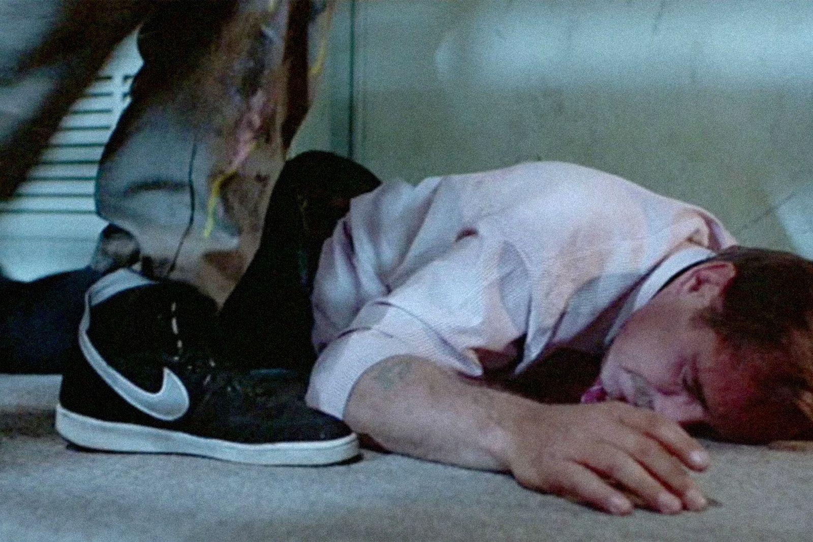 sneakers-tv-01