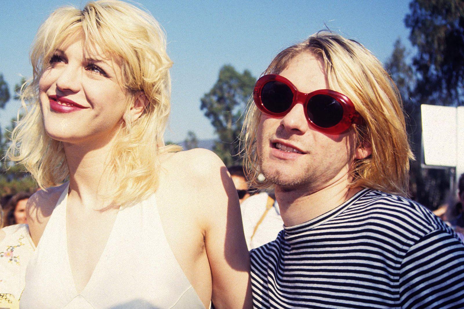 11-sunglasses-revolutionized-fashion-08