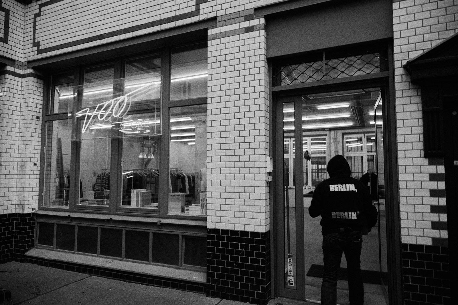 voo-store-lockdown-bb-01