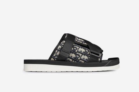 D Oblique Sandals