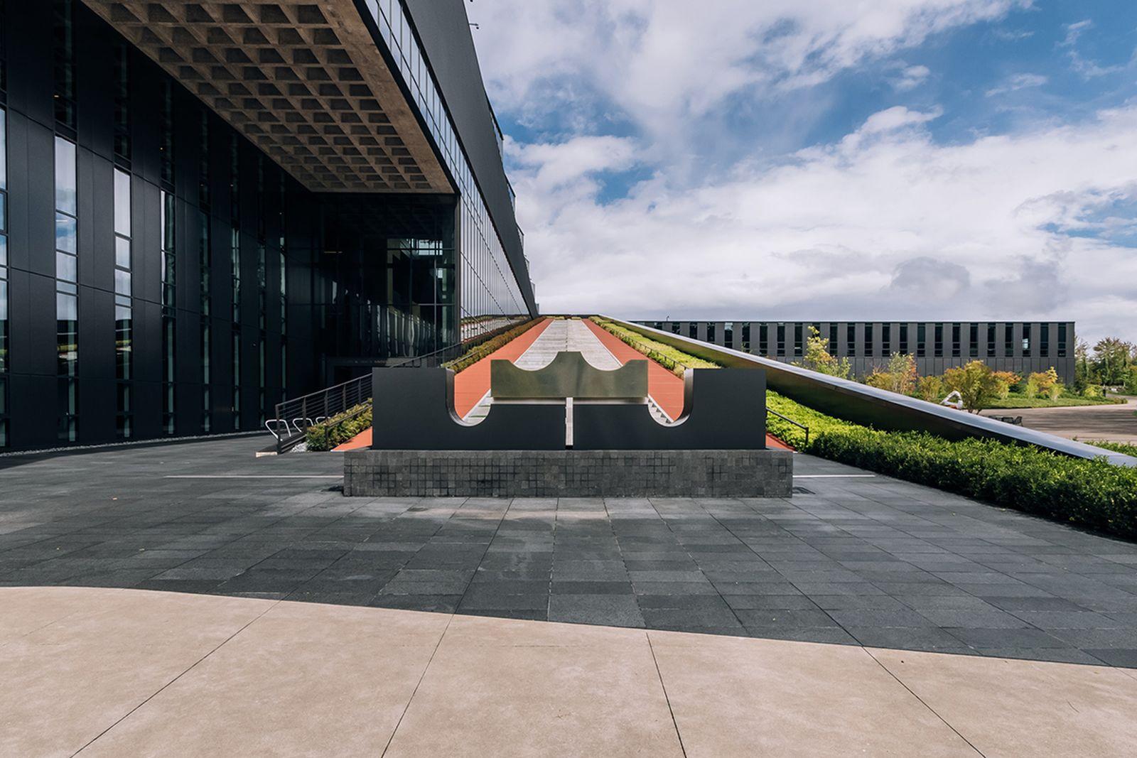 nike-lebron-james-innovation-center- (6)