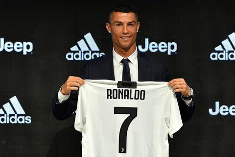 73257789f Cristiano Ronaldo Discusses Messi   More at Juventus Unveiling