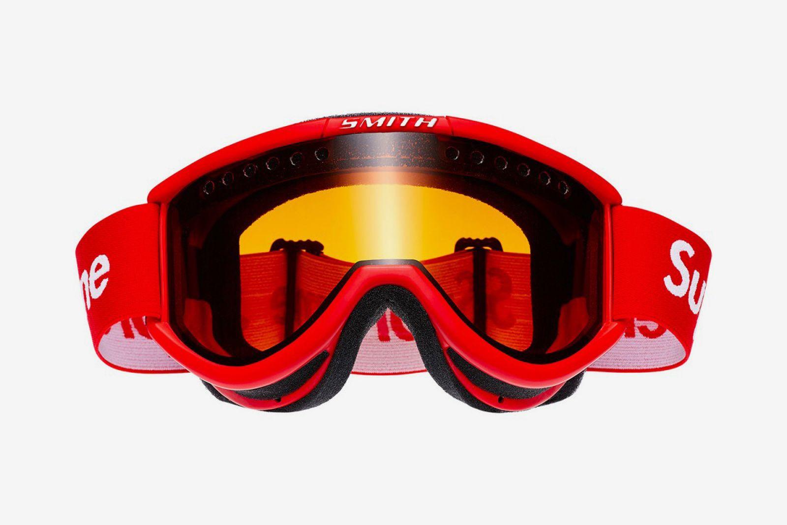 supreme smith optics ski goggles 1 1200x800 The North Face