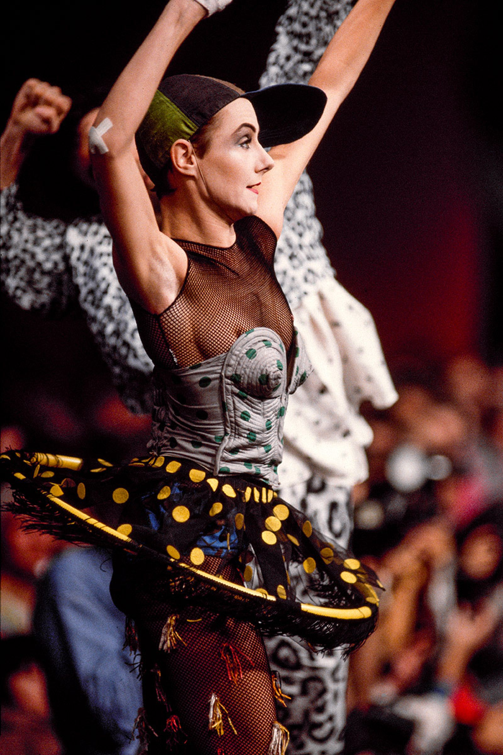 the-12-fashion-shows-that-changed-mens-fashion-jean-paul-gaultier-02