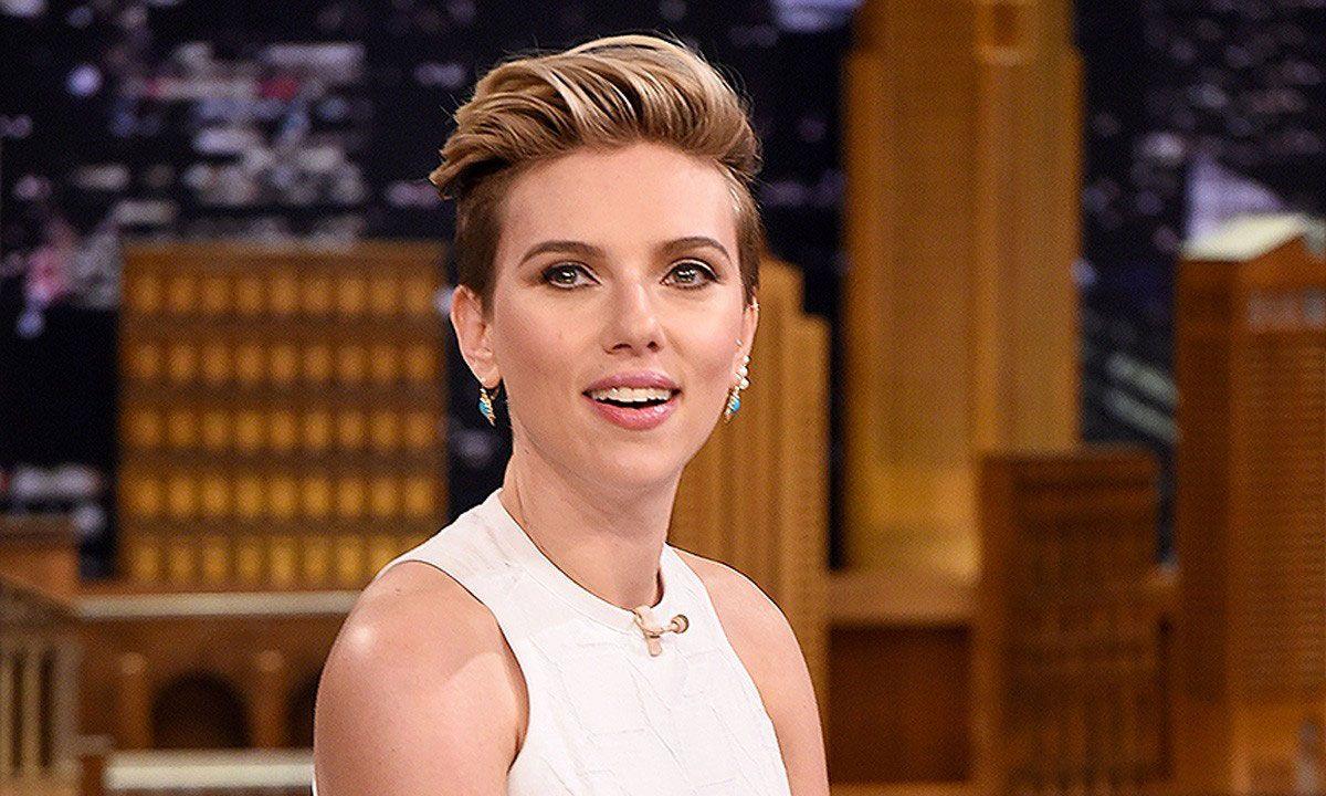 Scarlett Johansson S Interview More Hilarious Reader Comments