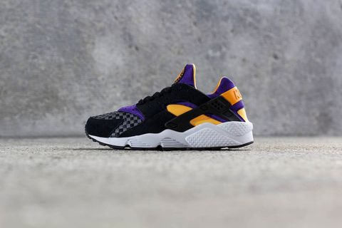 best sneakers 30726 677f1 In time for the hot summer months, Nike releases an interesting new version  of its classic Air Huarache silhouette. The sneaker is perfect for wearing  ...