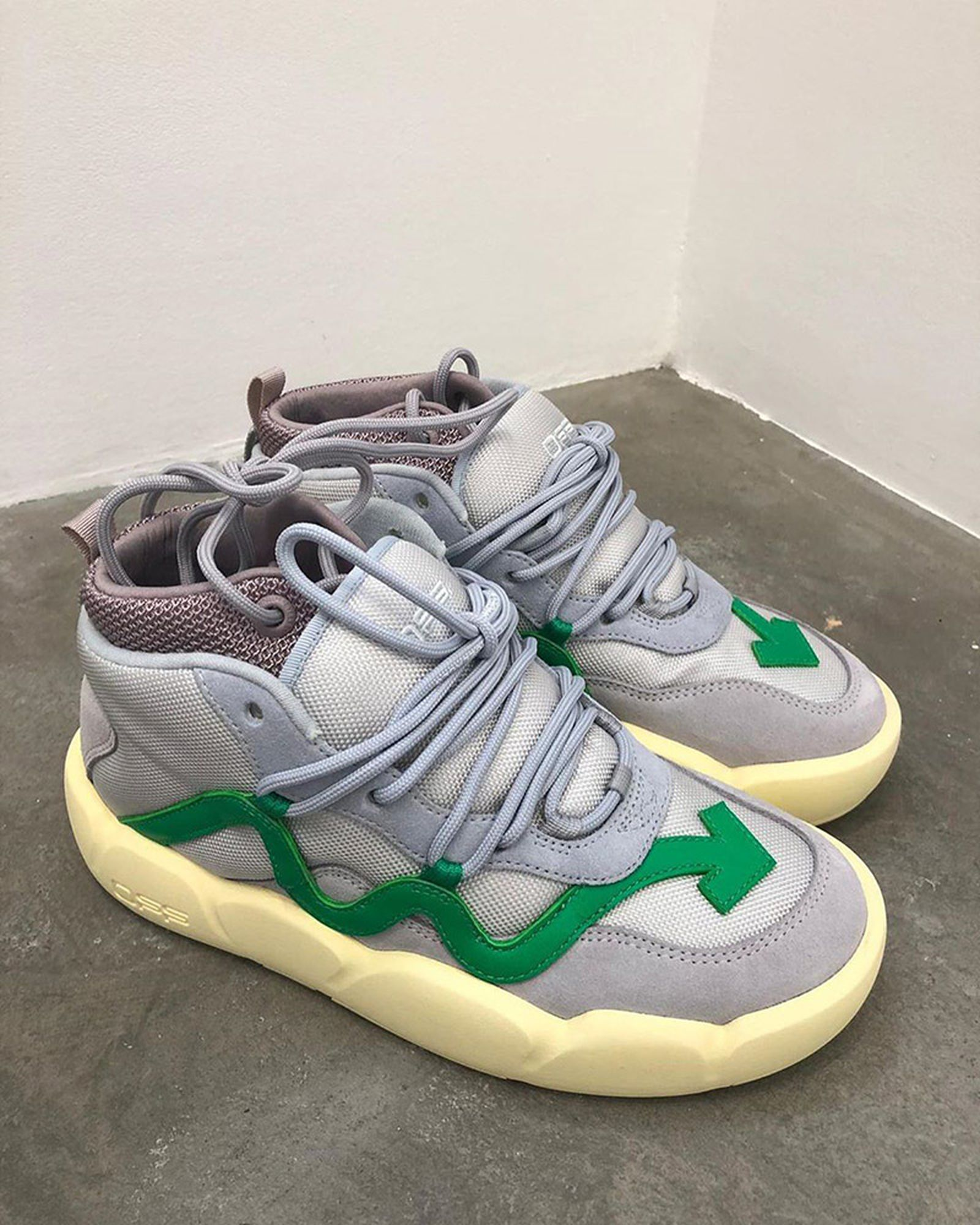off white chlorine release date price OFF-WHITE c/o Virgil Abloh