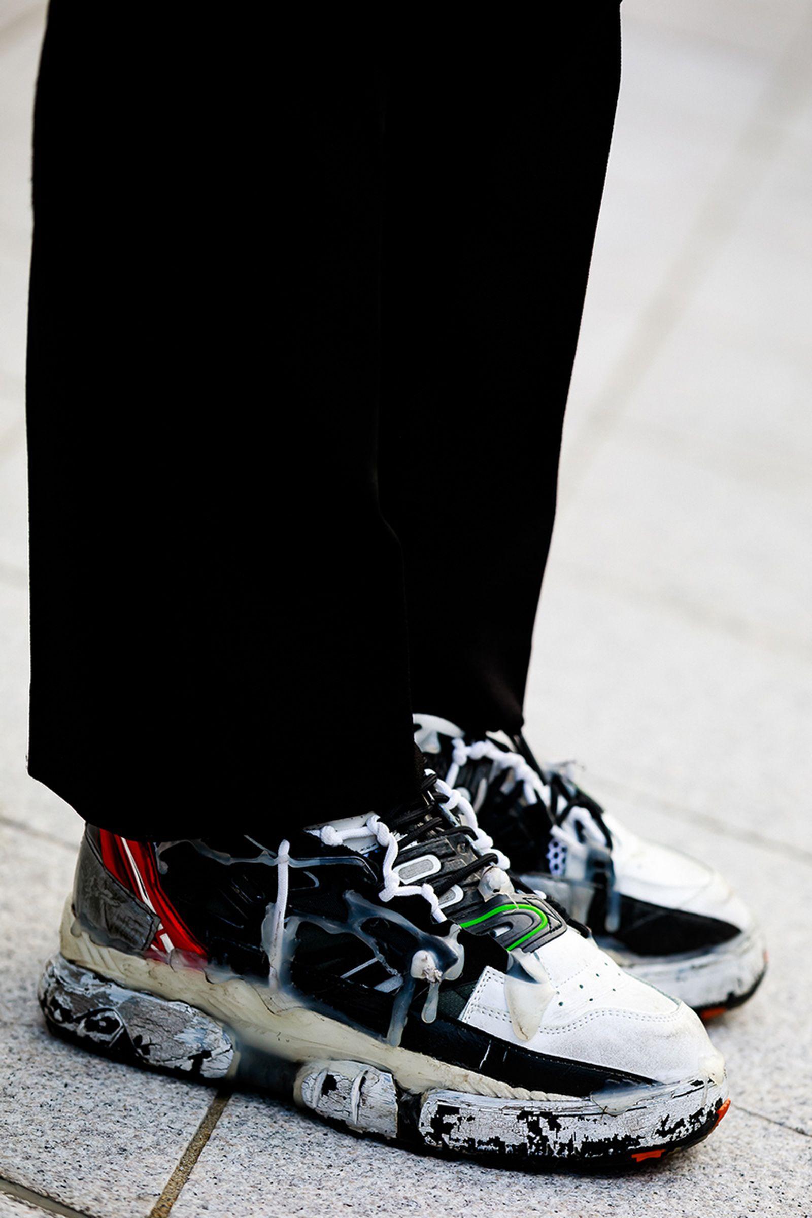 FW19 Seoul StreetStyle Sneakers PaulJeong 14 Sneaker street style seoul fashion week