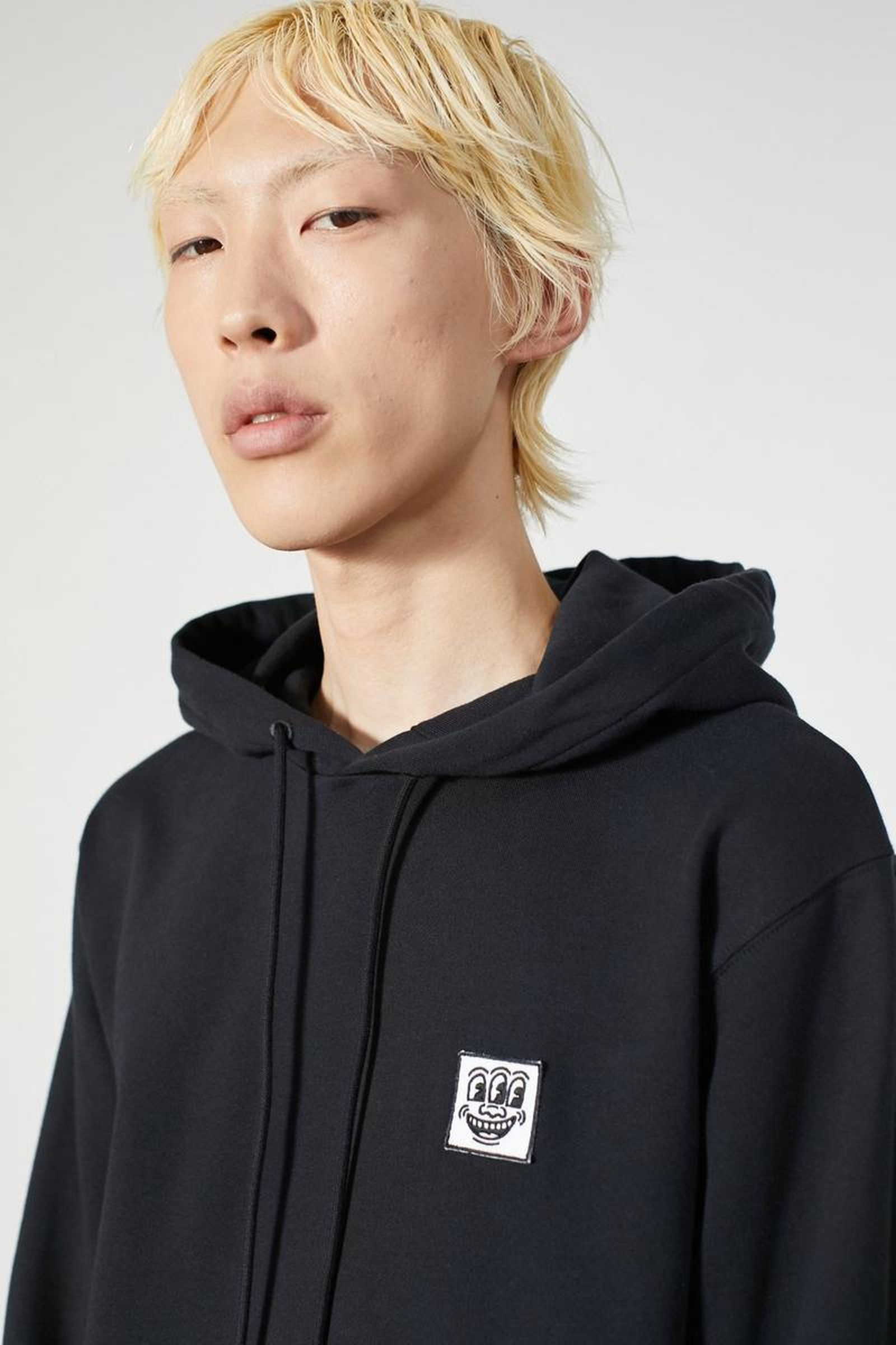 8etudes-keith-haring-ss20-collection