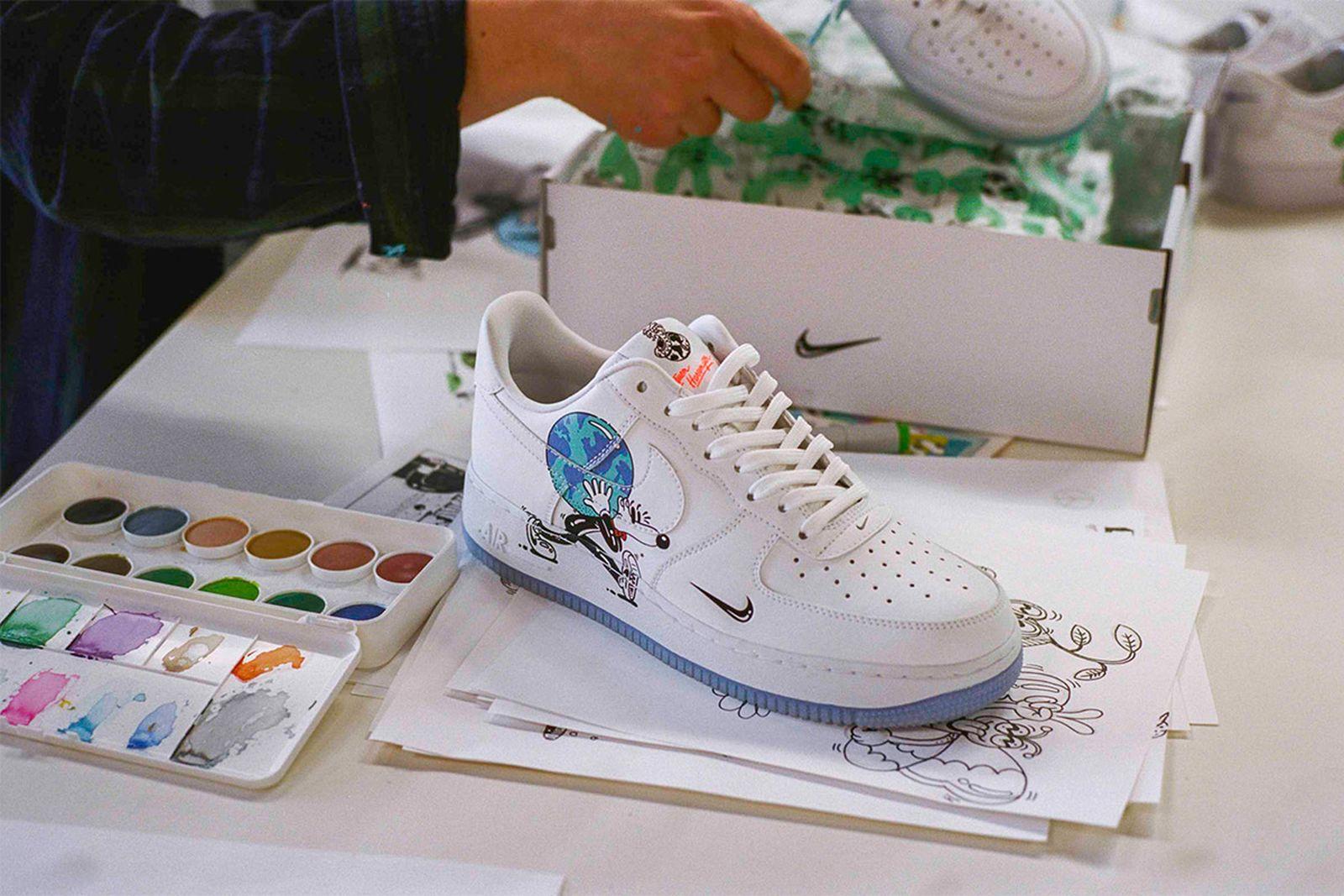 jurado salado Cien años  The Steven Harrington x Nike Flyleather Collection Is Sustainable