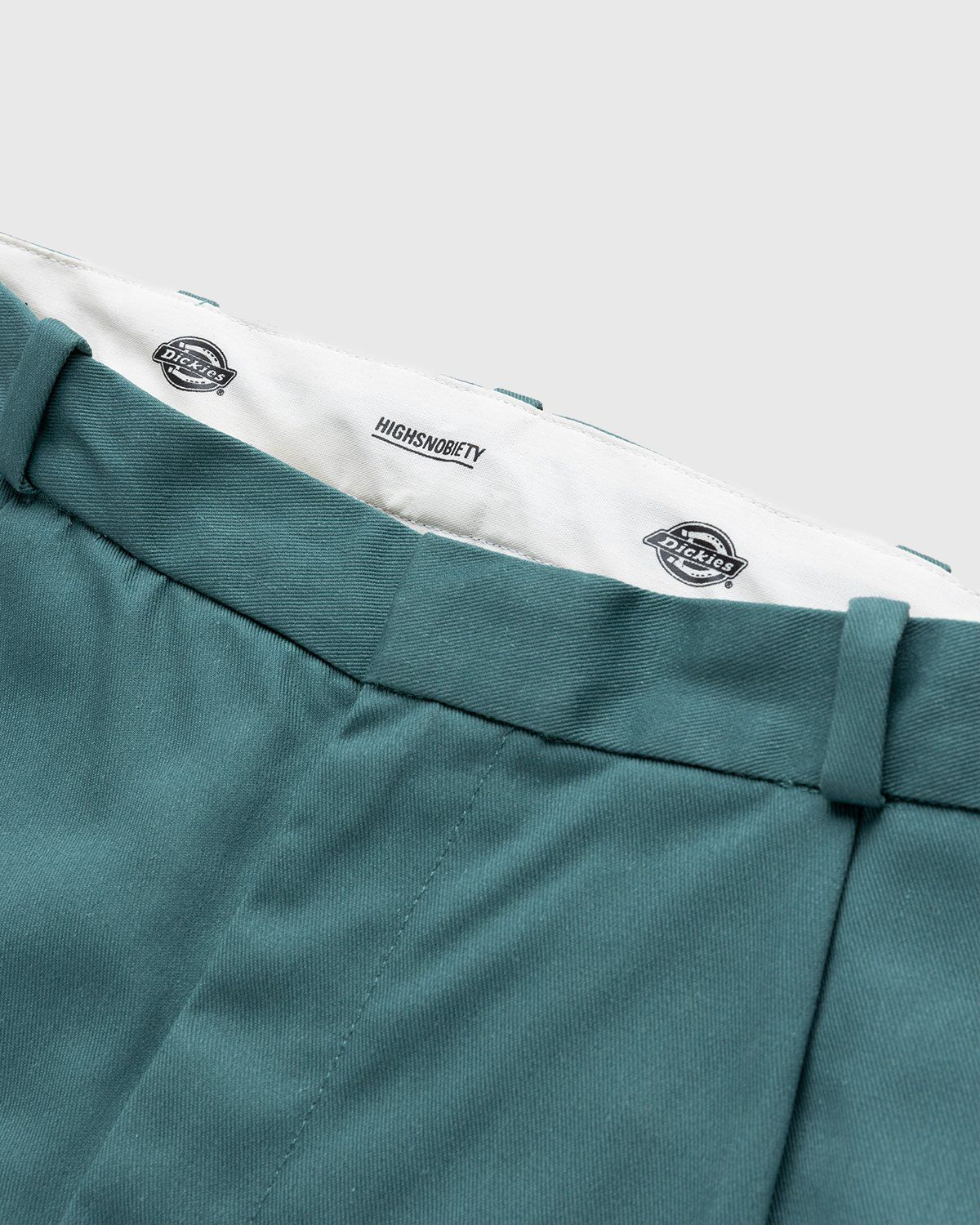 Highsnobiety x Dickies – Pleated Work Pants Lincoln Green - Image 3