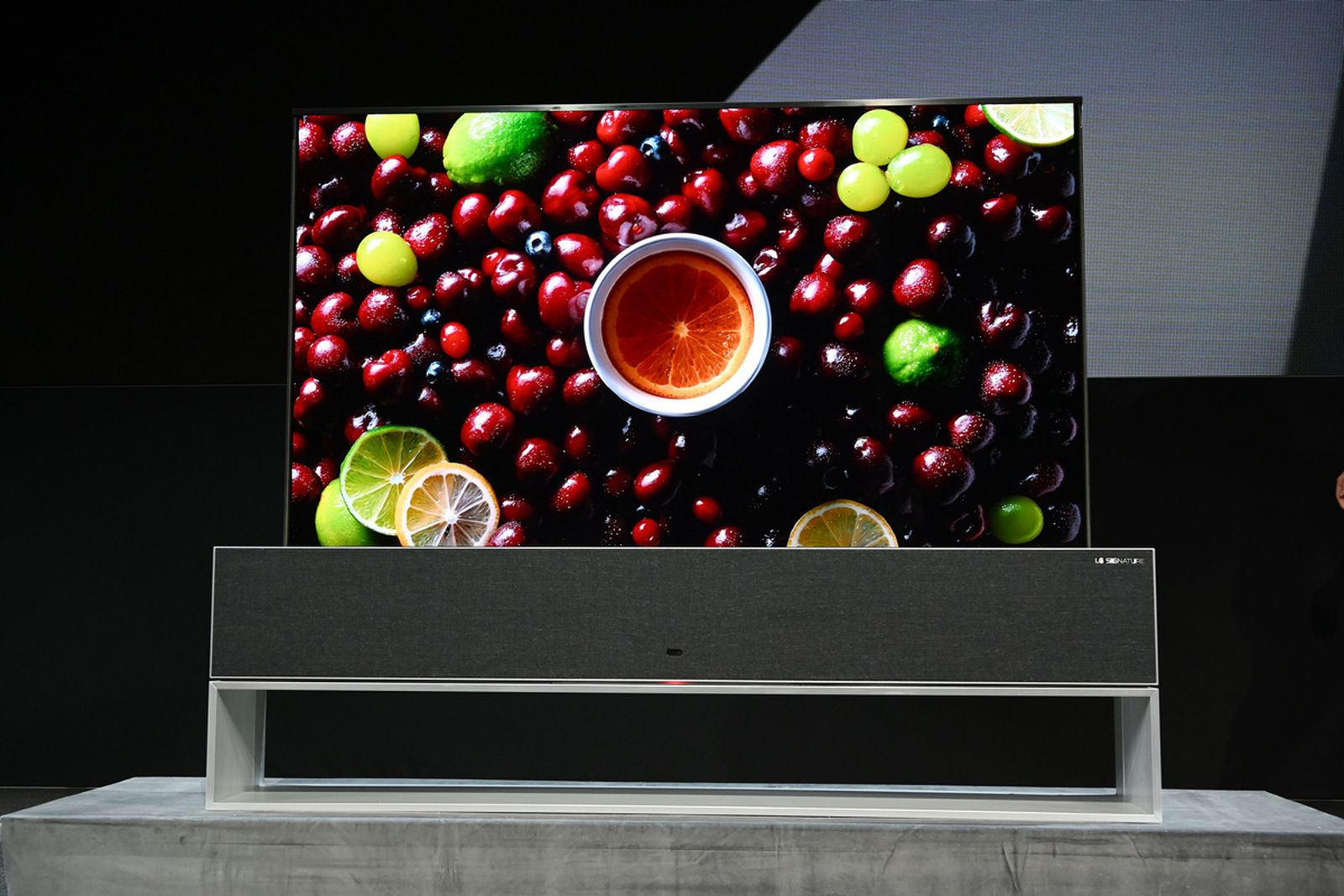 lg rollable oled tv CES 2019 ces2019 technology