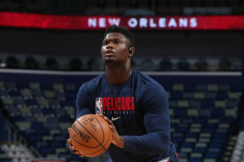 Zion Williamson #1 of the New Orleans Pelicans warms up before the game