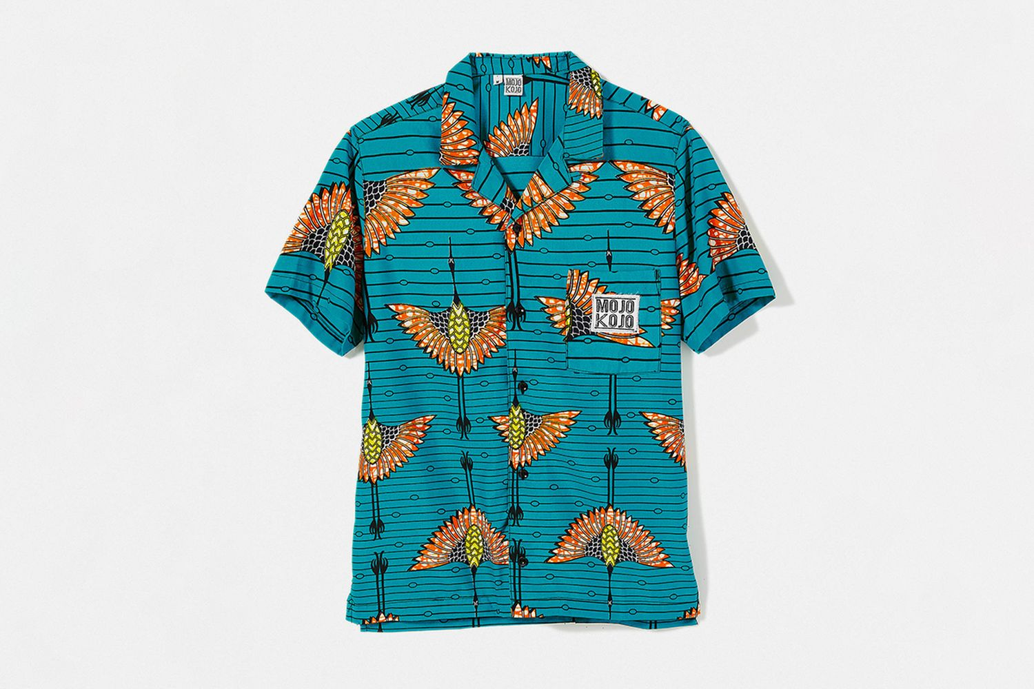 UO Exclusive Printed Short Sleeve Button-Down Shirt
