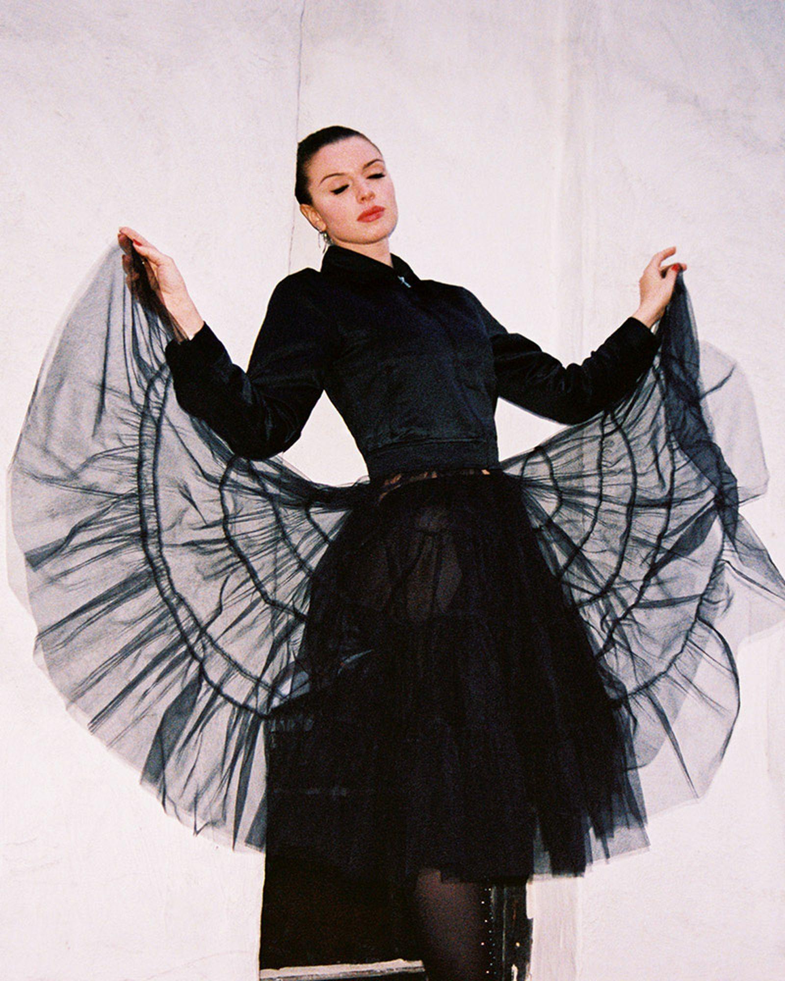 julia-fox-richie-shazam-interview-honors-week-04