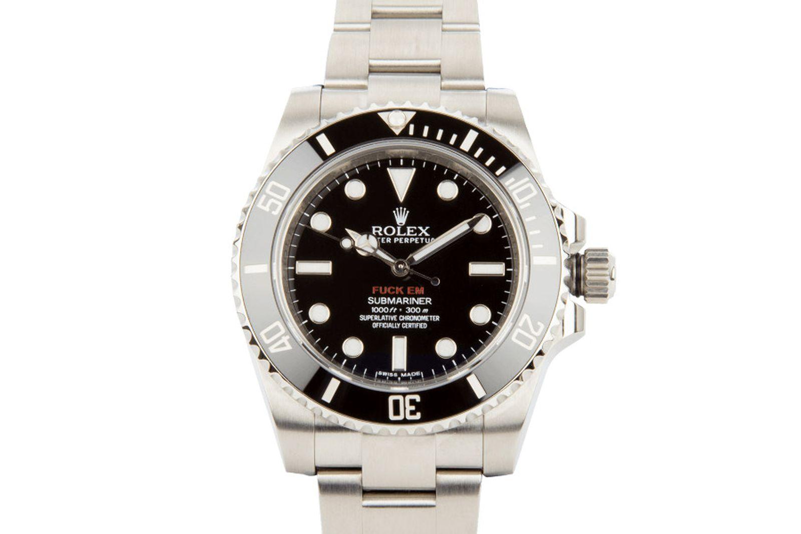 supreme-rolex-submariner-watch-02