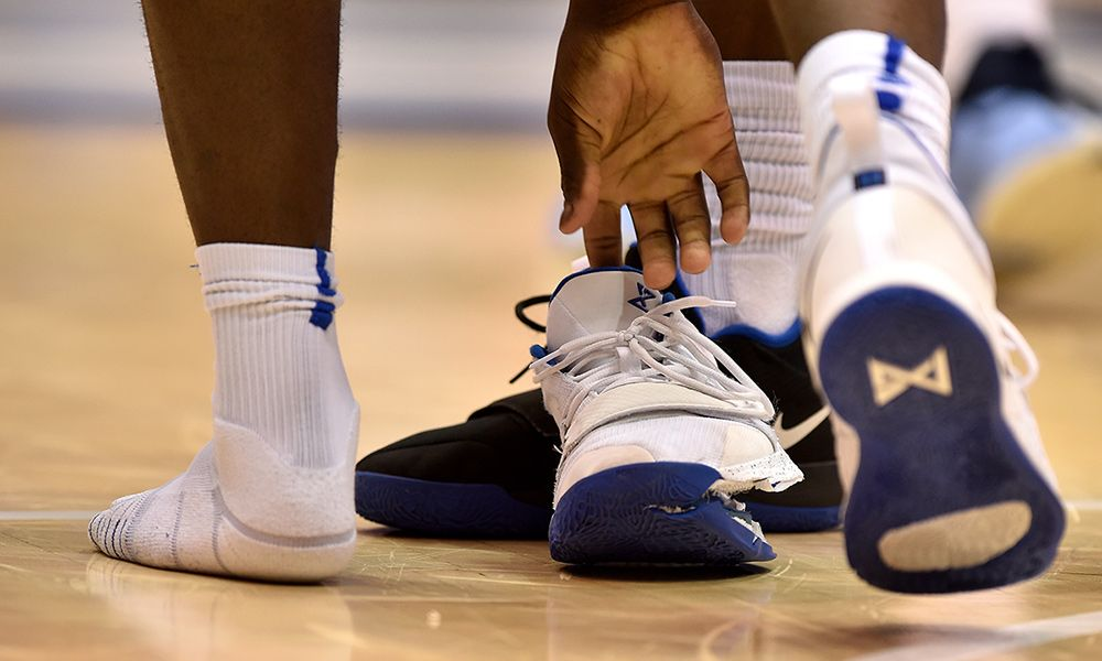 la meilleure attitude ab4c8 240ae Former Nike Engineer Explains Zion Williamson Shoe Malfunction