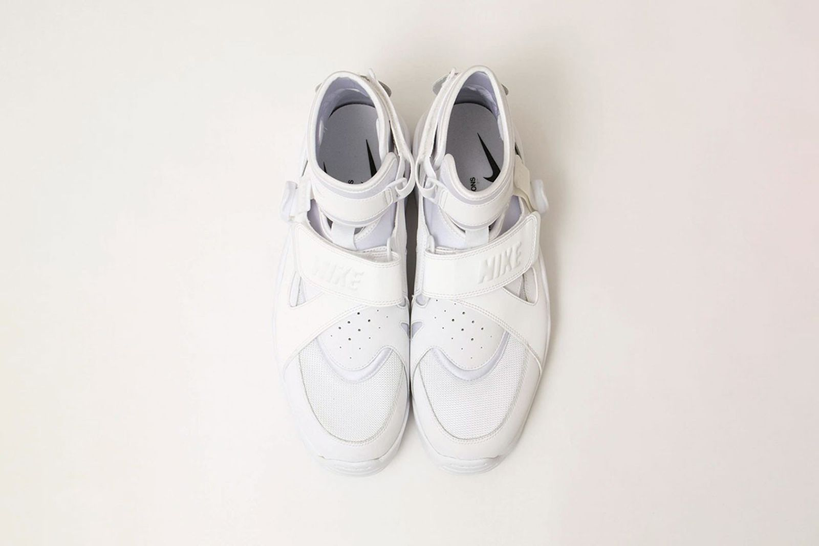 comme-des-garcons-homme-plus-nike-air-carnivore-release-date-price-07