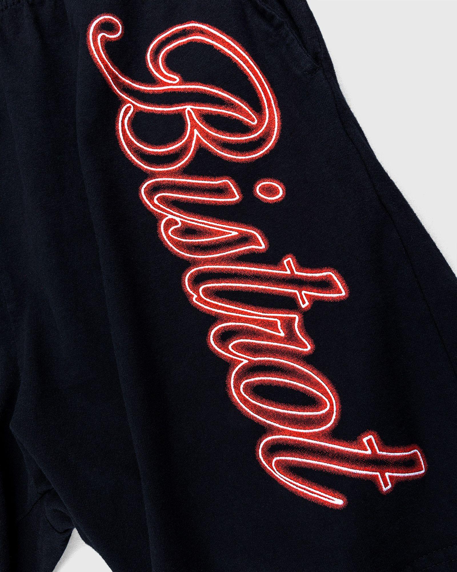 not-in-paris-releases-bistro-shorts-02