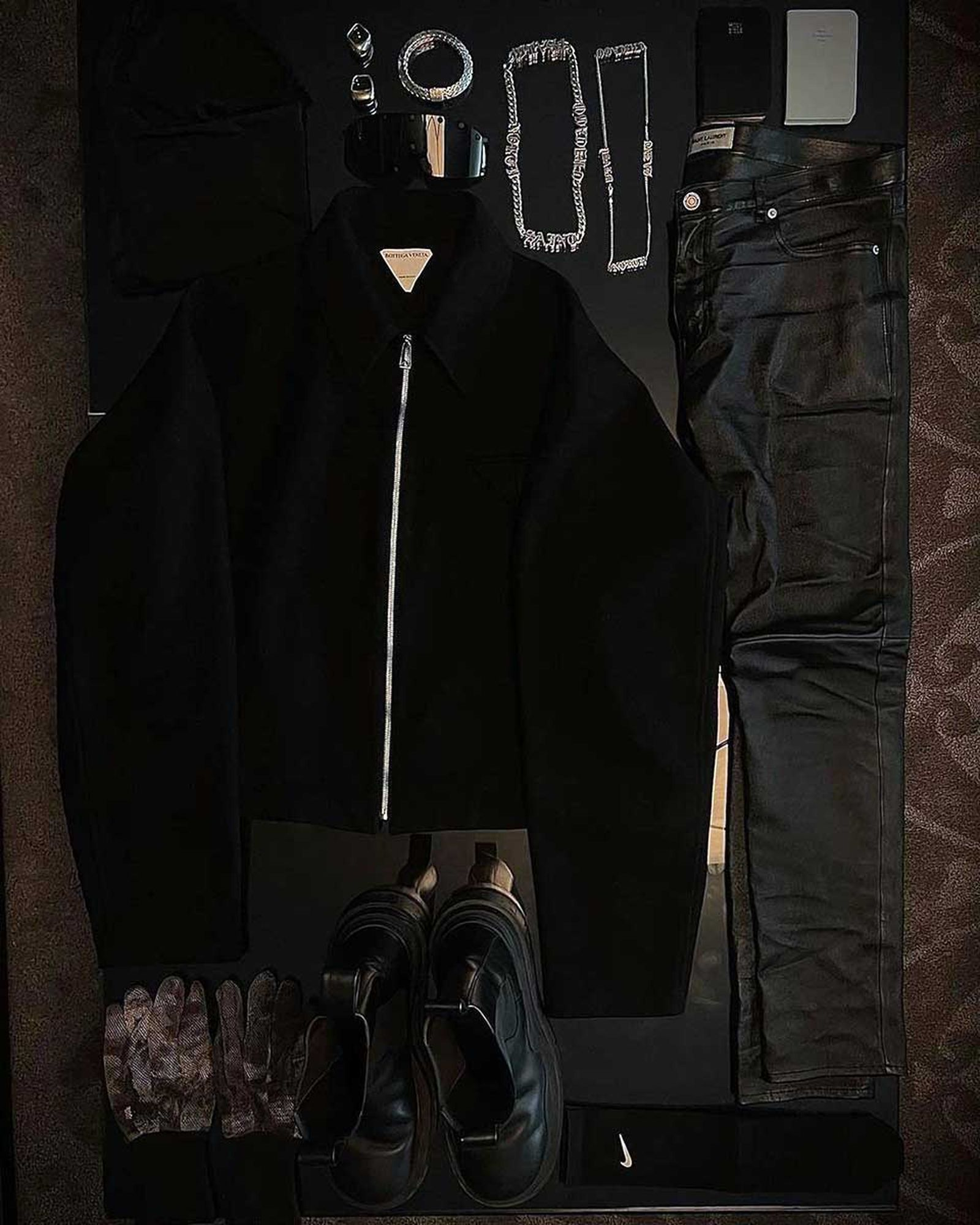 kanye-west-donda-fit-pic-outfit-buy-2
