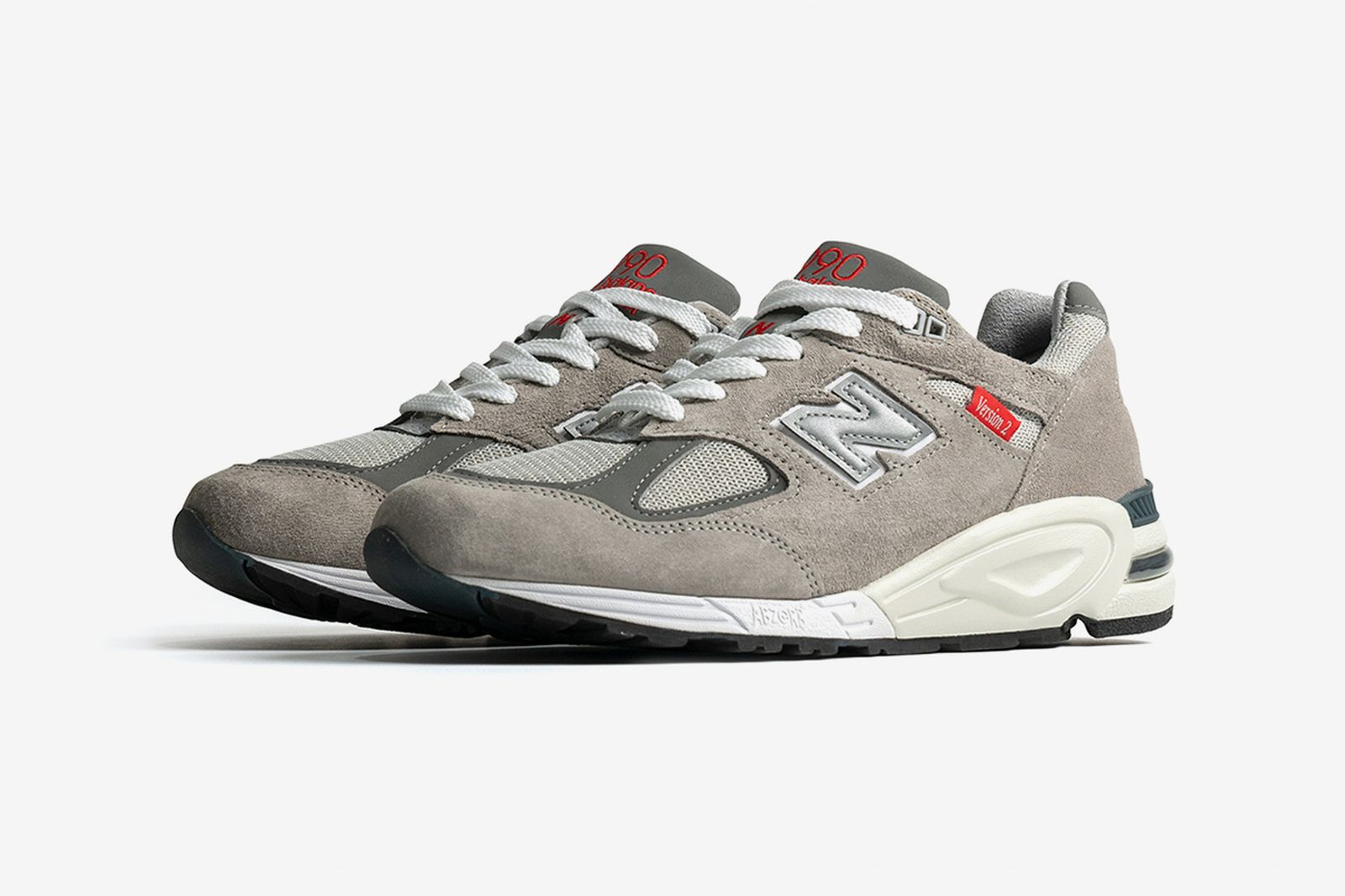 new-balance-made-990v2-release-date-price-02