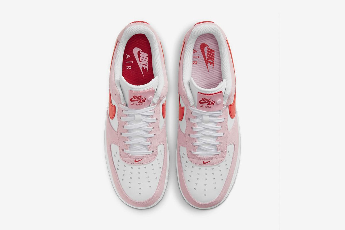 Nike Is Heating Things Up for Valentine's Day & Other Sneaker News Worth a Read 67