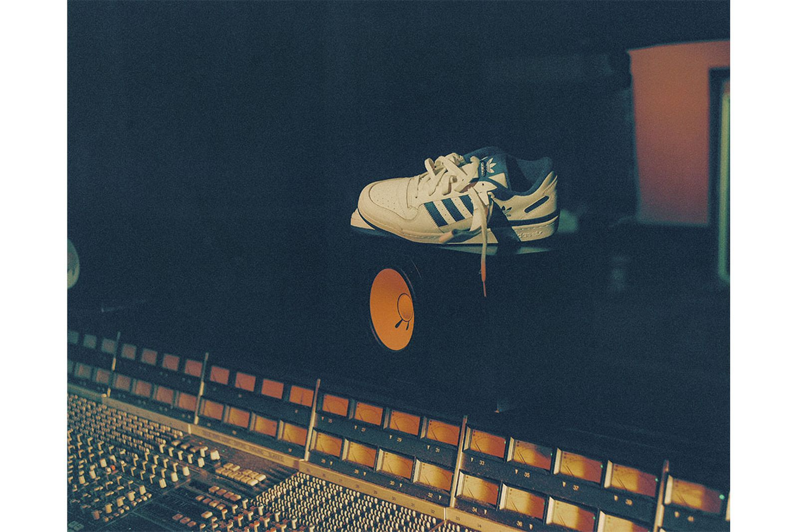 adidas-forum-philly-07