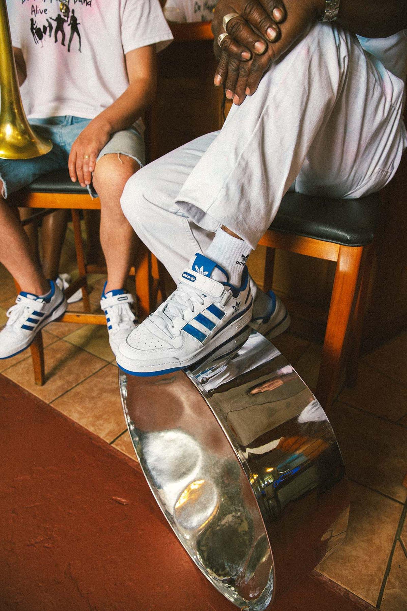 Adidas-Boston-03
