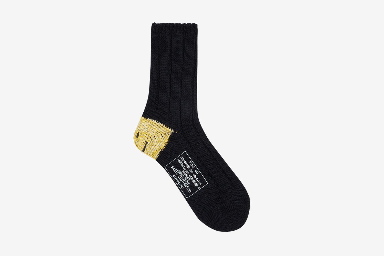 56 Yarns MA-1 Heel Smilie Socks