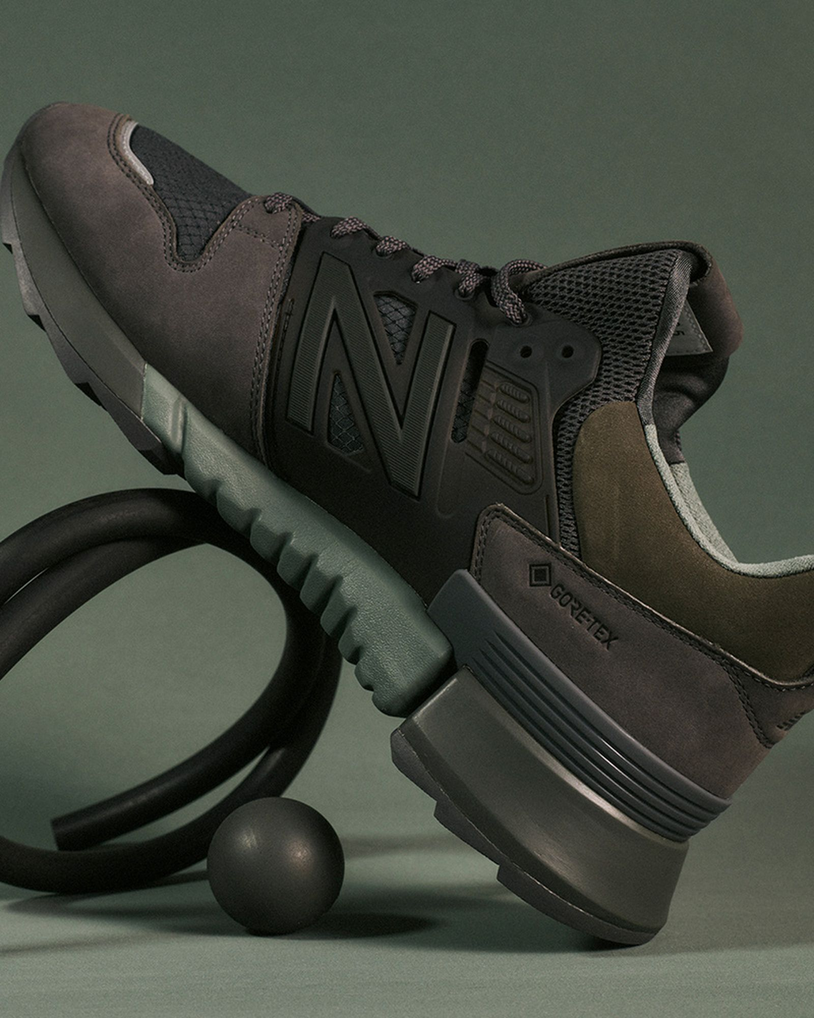 auralee-new-balance-r-c2-ss21-release-date-price-05