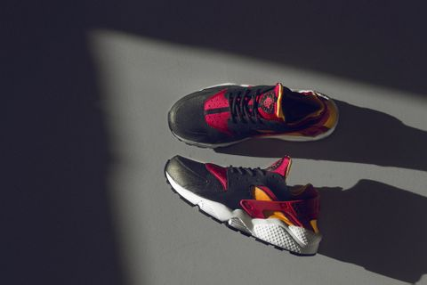 best sneakers 8f667 58f9a UK retailer size  gets another world exclusive from Nike. The iconic Nike  Huarache LE comes in a refreshing black laser orange fuchsia colorway.