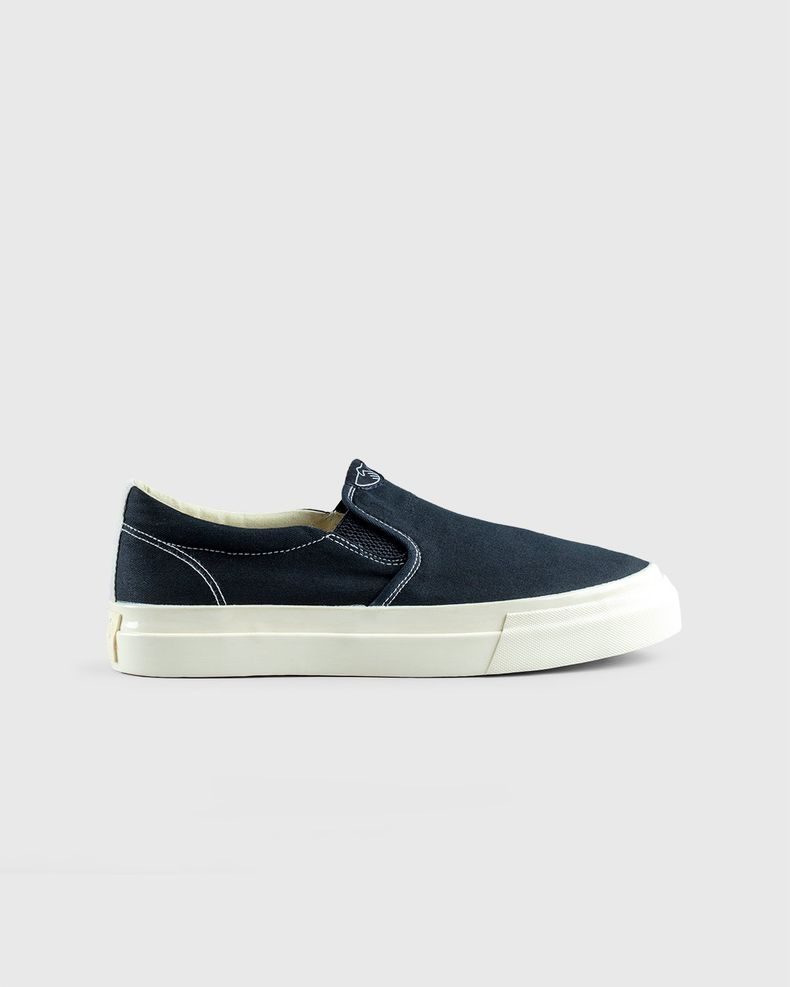 Stepney Workers Club — Lister Canvas Black