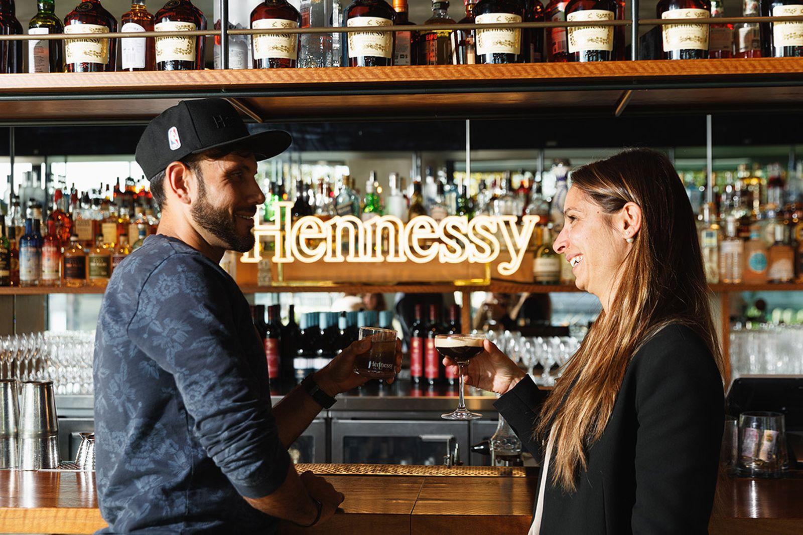 Hennessy-03