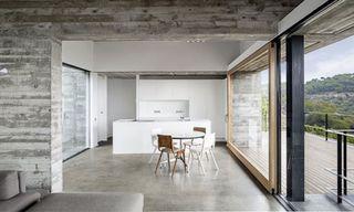 Mediterrani 32 House by ISERN